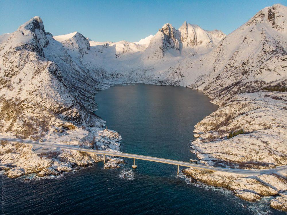 Djupfjordbrua dronefoto (Foto: Robin Lund)